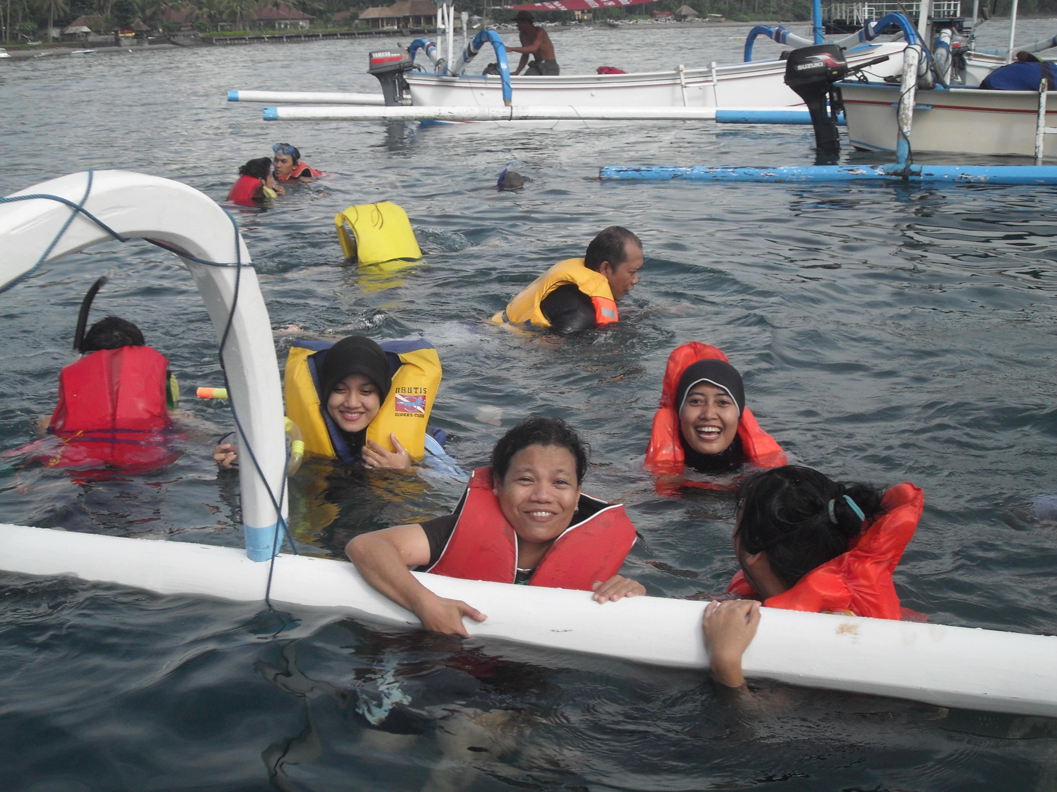 """, Berburu Ikan """"Snorkeling"""" di Tanjung Jepun, Jurnal Suzannita"""