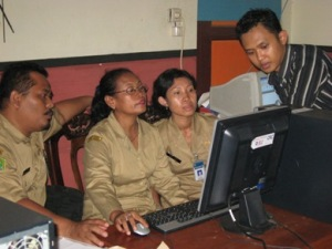 , MICROSOFT BLOGGERSHIP 2011: Berbagi Cerdaskan Anak Negeri, Jurnal Suzannita
